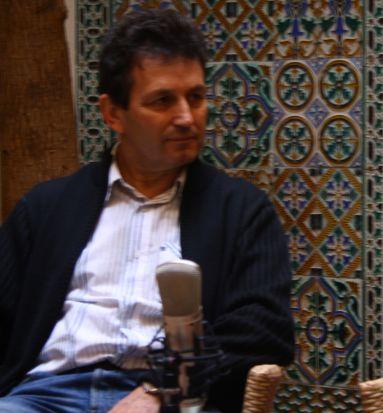 Alfonso Zurro, director de la obra, coordina el trabajo de 25 dramaturgos y más de 60 actores/C.M.
