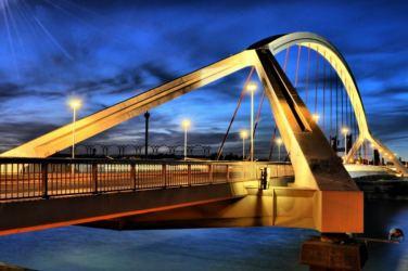 puente-de-la-barqueta-1024x680