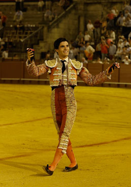 2014-Pablo-Aguado-Arjona-aplausos.es_