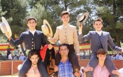 Camas: Páez, Osuna y Fernández sobresalen en la becerrada