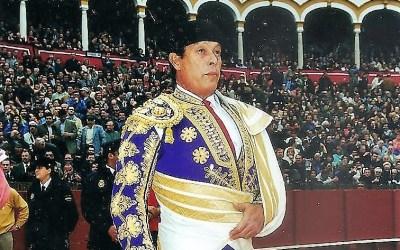 El adiós en silencio de Curro Romero de la plaza de toros de Sevilla