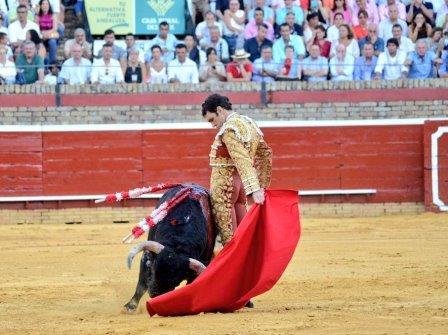 Tomás_izquierda_Huelva