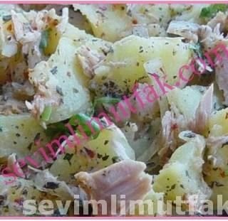 Ton Balıklı Patates Salatası Nasıl Yapılır?