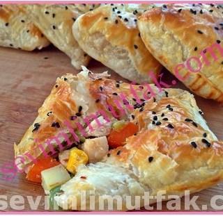 Pratik Tavuklu Milföy Böreği Nasıl Yapılır?