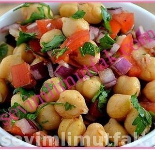 Nohut Salatası Nasıl Yapılır?