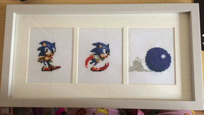Some classic Sonic the Hedgehog poses were captured for this study. All finished in a pleasing 3 aperture frame.