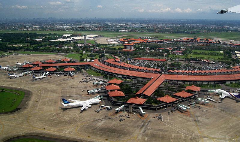 Sewa Mobil Antar Jemput Bandara Murah
