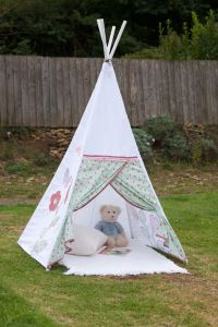 How To Make A Childs Teepee Wigwam | Sewchet