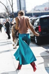 New_York_Fashion_Week-Fall_Winter_2015-Street_Style-NYFW-Olivia_palermo_Culotte-Kitwear-Fur_Scarf-2-790x1185