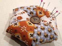 Tutorial Sew A Pretty Pincushion Sewing
