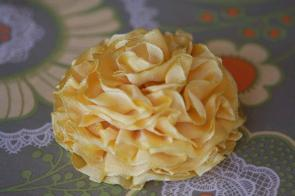 ribbonflowercorsage
