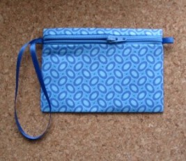 zippered-coin-purse