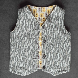 Free Pattern Reversible Vest For Baby Sewing