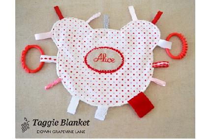 Free pattern: Teddy bear taggie blanket – Sewing