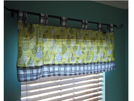 Tutorial: Tab topped cafe curtains