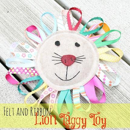 felt lion taggy toy