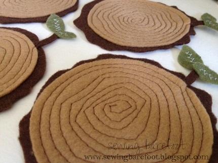 Free pattern: Felt tree stump coasters