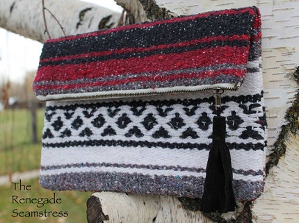 Tutorial: Upcycled blanket fold over clutch