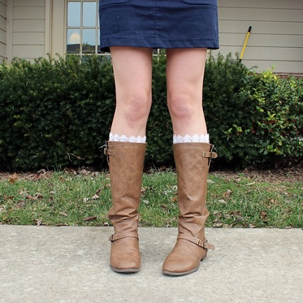 Tutorial: Lace trimmed boot socks