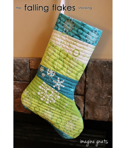 free pattern falling flakes quilt as you go christmas stocking - Quilted Christmas Stockings