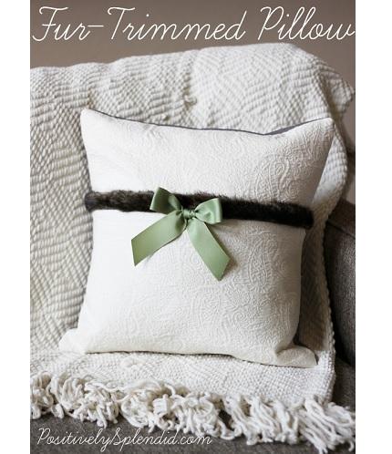 Tutorial: Fur trimmed matelasse pocket pillow