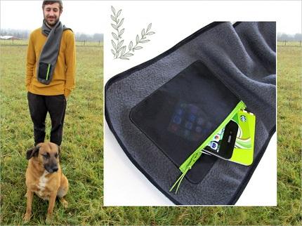 Tutorial: Fleece scarf with zippered pocket