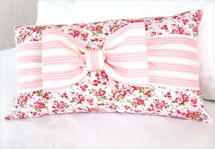 Tutorial: Banded bow pillow