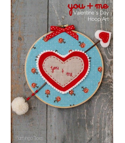 Tutorial: Pom pom trimmed Valentine hoop art