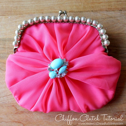 chiffon-clutch-tutorial