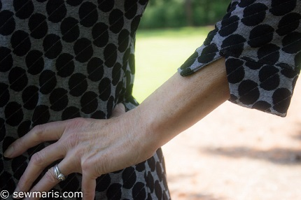 Tutorial: Add a vented sleeve band to a shirt