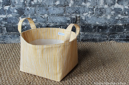 Tutorial: Fabric storage bin with handles
