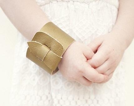 Tutorial: Simple leather cuff