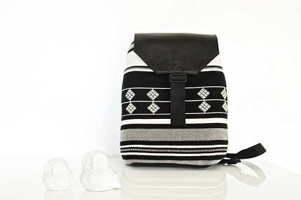 Tutorial: Tribal print and faux leather backpack