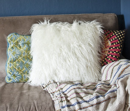 Throw Pillow Sewing Instructions : Tutorial: Faux fur throw pillow ? Sewing