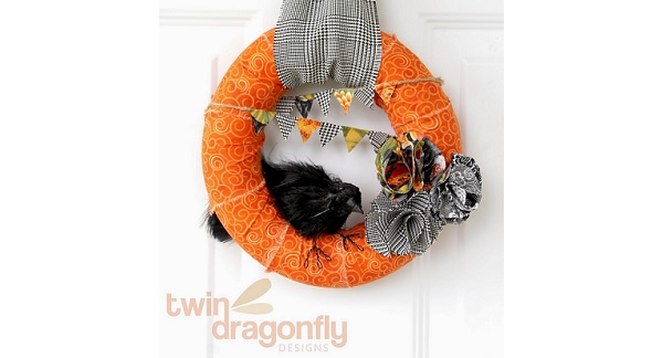 Tutorial: Fabric Halloween wreath