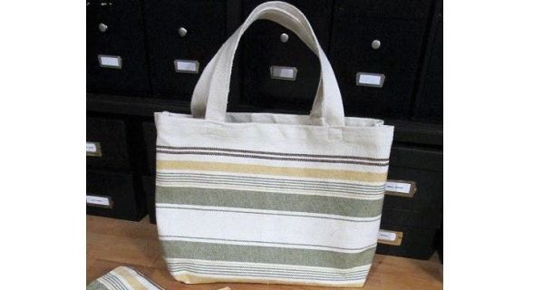 Tutorial: Tote bag, wine bag, and key fob from 3 placemats