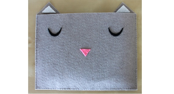 Tutorial: Felt cat tablet sleeve
