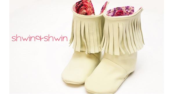 Free pattern: Fringed toddler boots
