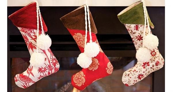 Free pattern: Velvet cuff Christmas stockings