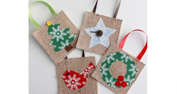 Tutorial: Burlap and fabric Christmas ornament