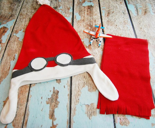 Free Pattern Aviator Style Santa Hat And Scarf Sewing