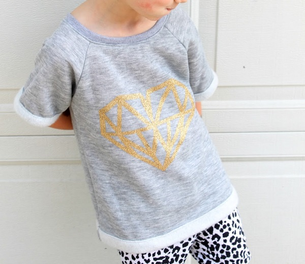 Tutorial: Girls slouchy raglan sweatshirt