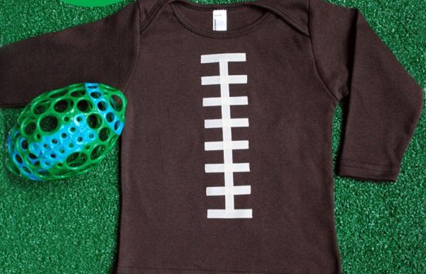Tutorial: No-sew football onesie – Sewing