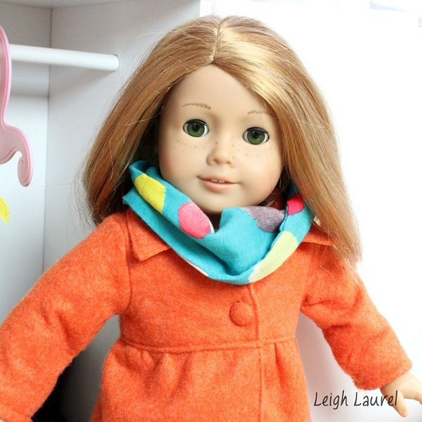 Tutorial: Infinity scarf for an American Girl doll