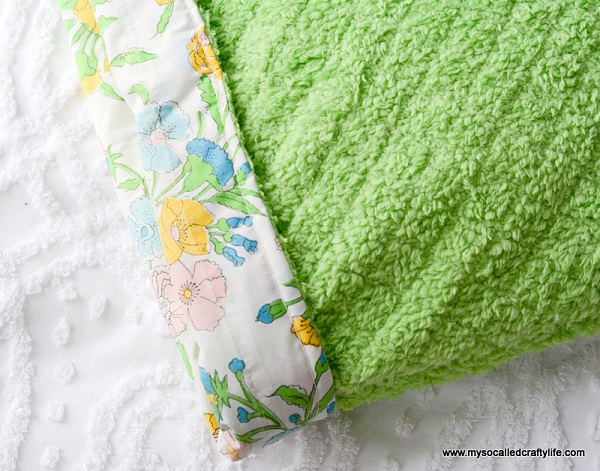 Tutorial: Reversible pillow cover with vintage and Cuddle fabric