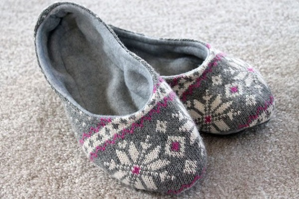 Tutorial: Sweater slippers