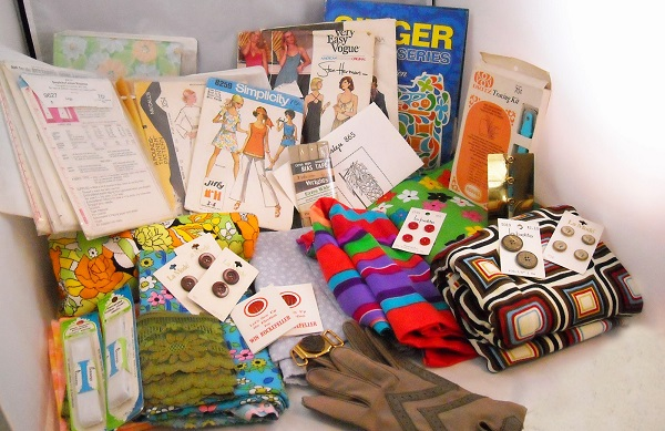 1970s sewing bundle giveaway