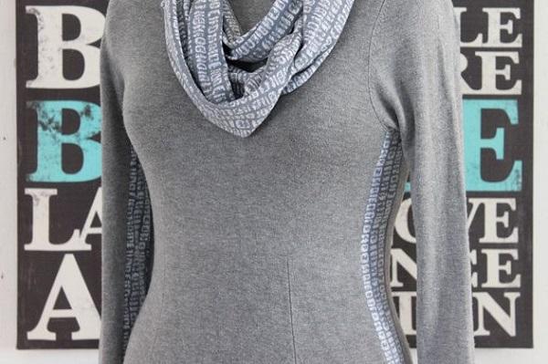 Tutorial: Make a dress bigger with a contrast stripe