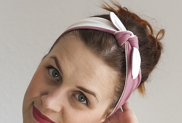 Tutorial: Two-toned knotted knit headband