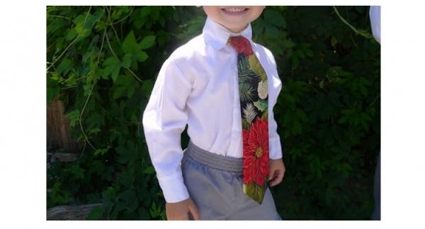 Free pattern: Little boy's neck tie